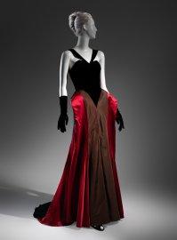 Βραδινό φόρεμα από το 1946.